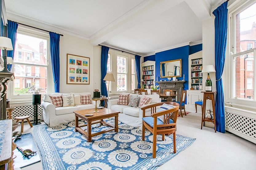 2 Bedrooms Flat for sale in Fitzgeorge Avenue, London, W14